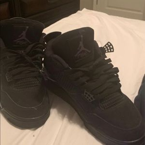 BlackCats Jordan 4s 🙈